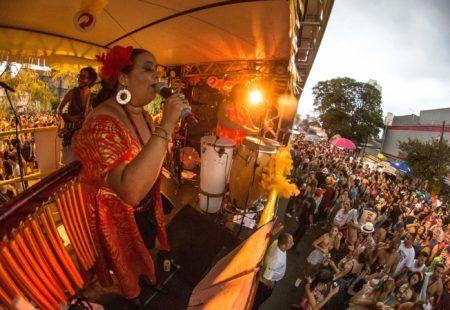 bloco bregsnice desfila no carnaval de são paulo 2018