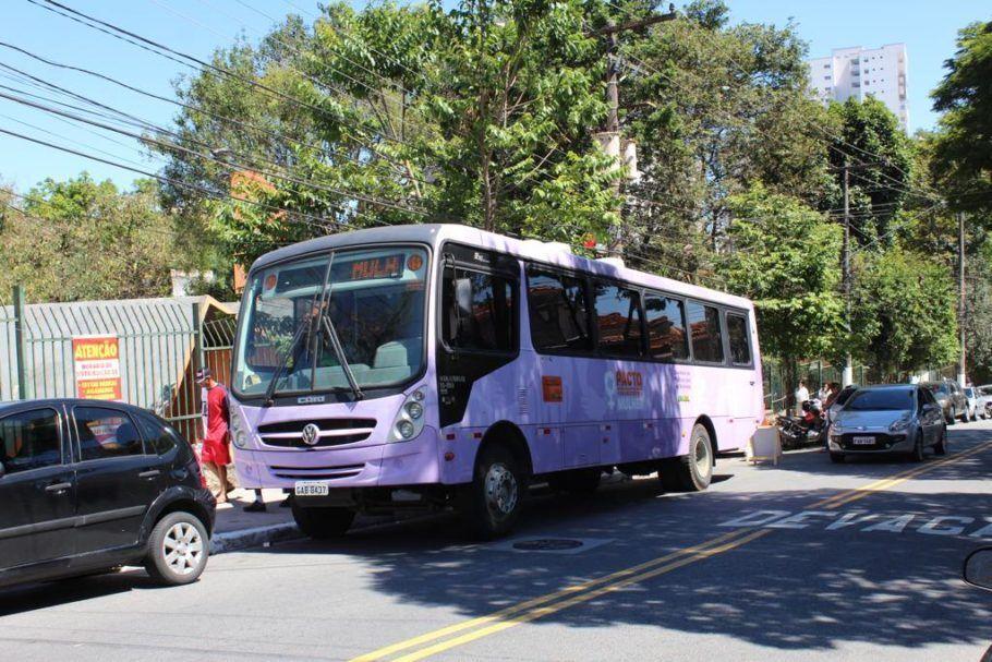 O Ônibus Lilás, espécie de quartel-general da campanha