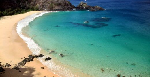 Praia brasileira é eleita a melhor do mundo; saiba onde ela fica