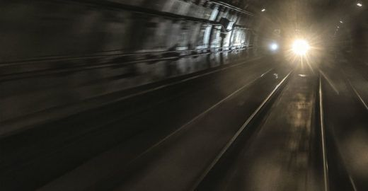Vídeo mostra momento em que menino é atropelado por trem do Metrô