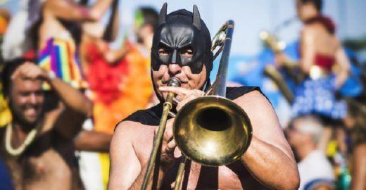 Bloco Vá de Jazz faz de Pinheiros a 'Nova Orleans brasileira'