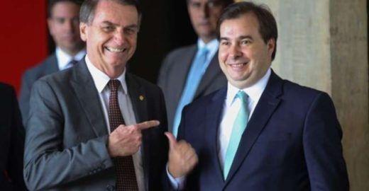 """Rodrigo Maia ironiza Bolsonaro: """"Não preciso voltar a namorar"""""""
