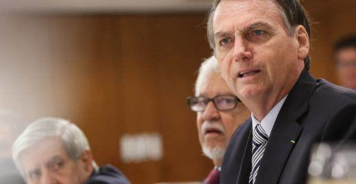 Bolsonaro deve anunciar até R$ 30 bilhões em corte de gastos