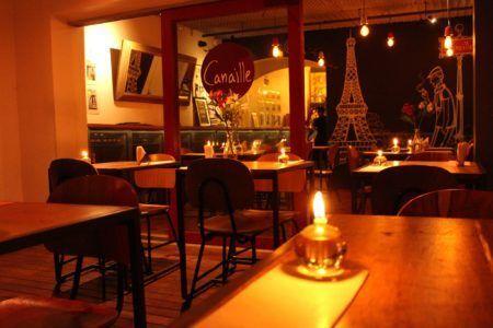 Canaiile Bar tem várias entradas para compartilhar
