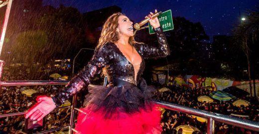 Daniela Mercury faz discurso politizado de cima do trio elétrico