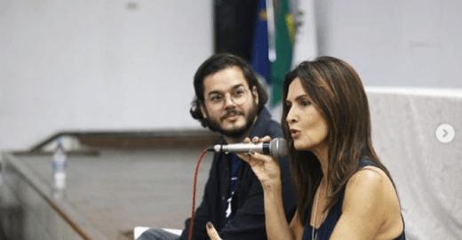 Fátima Bernardes e Túlio dão aula juntinhos na UFPE