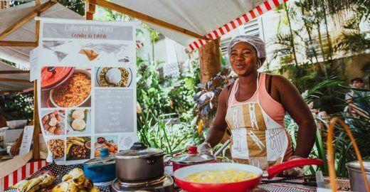 Feira Chega Junto: gastronomia do mundo todo por refugiados