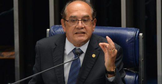 Senadores querem impeachment de Gilmar Mendes
