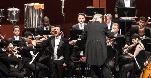 Jean William e Monsenhor Marco Frisina apresentam concerto sacro