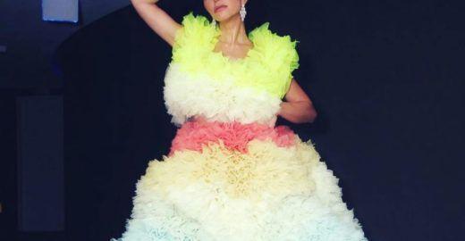 Sabrina Sato vai ao Baile da Vogue com 7kg de esponja no vestido