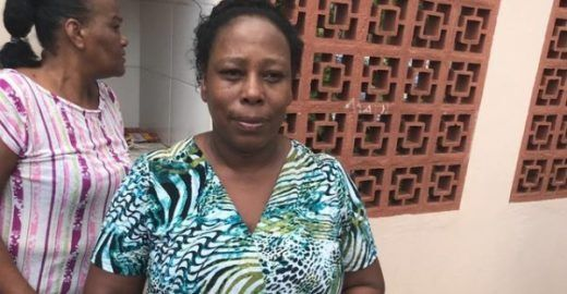 Merendeira ajuda a salvar 50 alunos de ataque em escola de Suzano