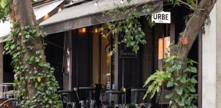 O Urbe serve cafés, quitutes, cervejas, sucos e chás especiais