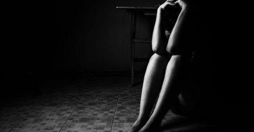 Estudante denuncia abuso sexual e morre queimada pelo agressor
