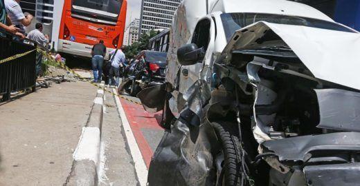 Mortes no trânsito em SP voltam a crescer após três anos