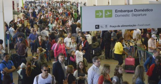 Comissão aprova volta da bagagem de graça em voos nacionais