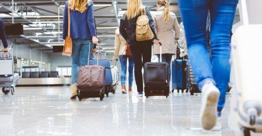 Latam vai cobrar por bagagem despachada em voos para EUA e Israel