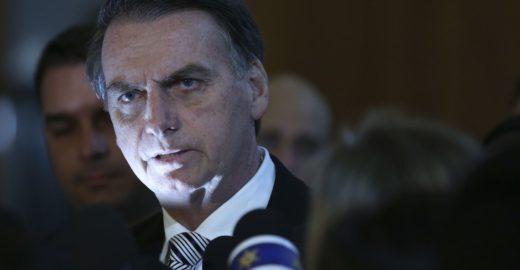 Reforma de Bolsonaro propõe acabar com benefício do PIS-PASEP