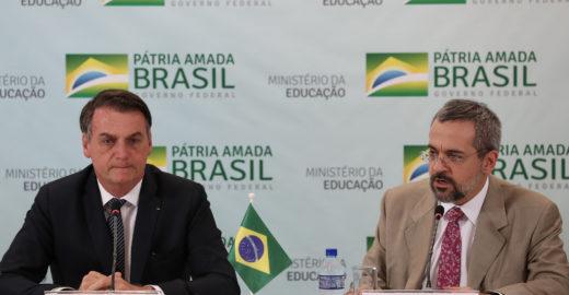 Bolsonaro quer acabar com as faculdades de filosofia e sociologia