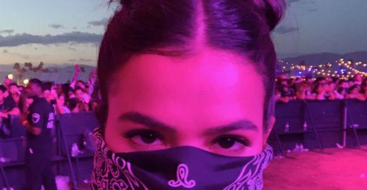 Bruna Marquezine e outras famosas usam bandana festival Coachella