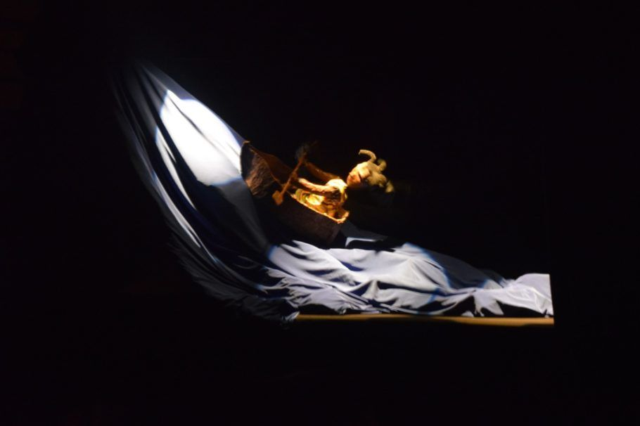 Coletivo colérico apresenta o teatro de boneco ananse