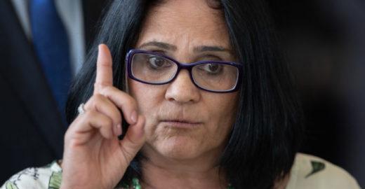 Damares denuncia líderes religiosos por abuso sexual de crianças