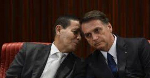 Mourão avisa Bolsonaro: vai se reunir com o PT