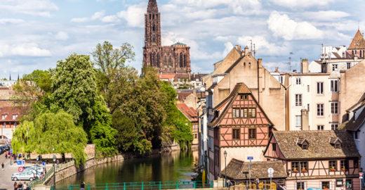 Estrasburgo tem Notre-Dame tão bela quanto a homônima parisiense