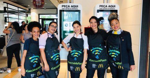 Hora do Planeta deixa famoso McDonald's de São Paulo às escuras