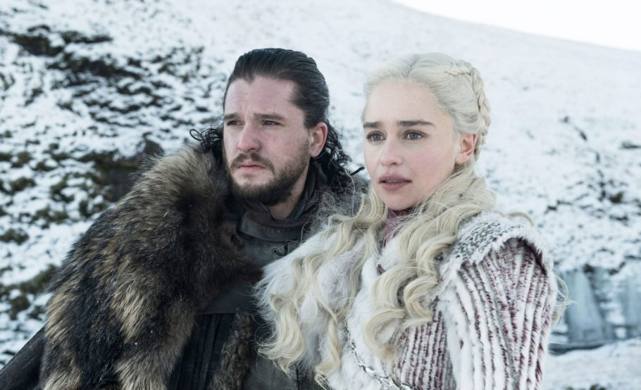 on Snow (Kit Harington) e Daenerys Targarye (Emilia Clarke) em 'Game of Thrones'