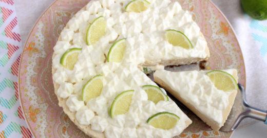 Aprenda a fazer torta de limão sem precisar usar o forno