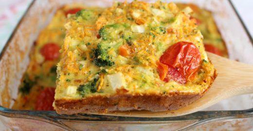 Receita de torta de legumes tão levinha que parece um suflê