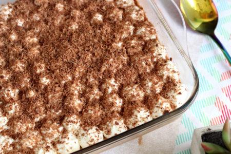 Mousse de chocolate com doce de leite