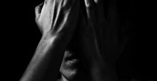 Mulher é estuprada com seu filho no colo no interior de São Paulo