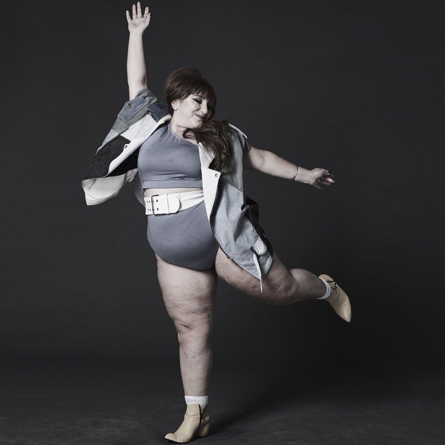 Juliana Romano (@ju_romano) posa para Bob Wolfenson na mostra 'Corpos Livres', do Instagram em parceria com o Instituto Tomie Ohtake