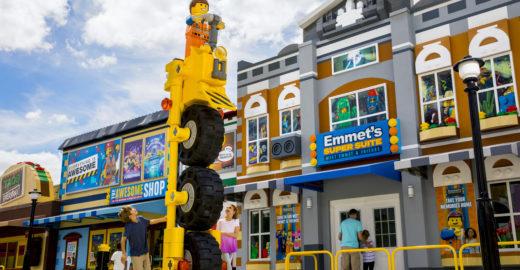 Legoland lança nova área inspirada no filme 'Uma Aventura Lego'
