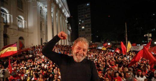 Lula completa um ano preso neste domingo; relembre os fatos