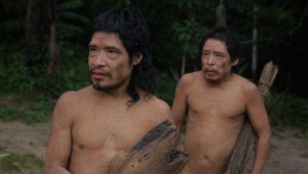"""Cena do documentário """"Piripkura"""", que mostra a história dos sobreviventes do povo indígena Piripkura em uma área protegida no Mato Grosso, cercados por fazendas e madeireiras"""