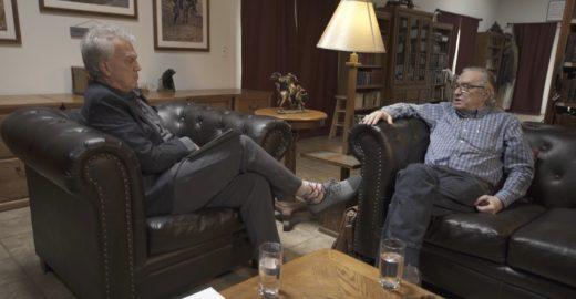 Guru de Bolsonaro mostra no show de Bial que realmente é doido