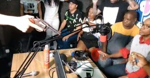 Ex-The Voice Brasil sofre assalto em transmissão ao vivo no Face