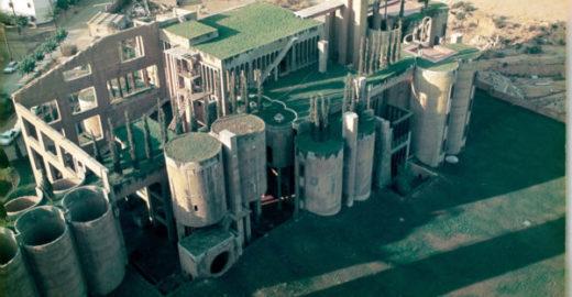 Arquiteto faz fábrica de cimento virar casa de tirar o fôlego