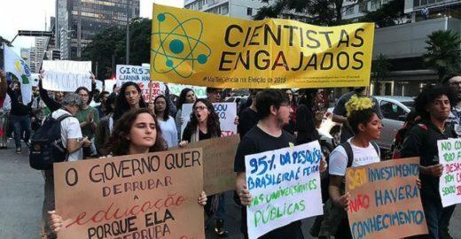 Tsunami citado por Bolsonaro pode chegar na próxima quarta-feira