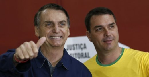 Patrimônio de Flávio Bolsonaro aumentou 397,1% em apenas 12 anos
