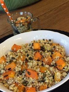 salada de quinoa no prato