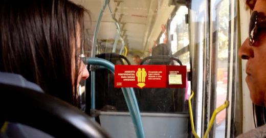 Campanha estimula bate-papo no ônibus