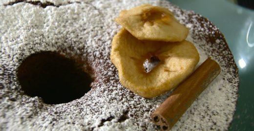 Aprenda a fazer bolo de maçã integral