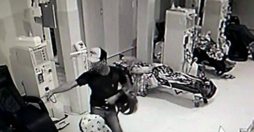 Homem invade clínica e assalta pacientes que faziam hemodiálise