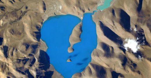 Astronauta posta foto de 'lugar mais azul do mundo'; saiba onde fica