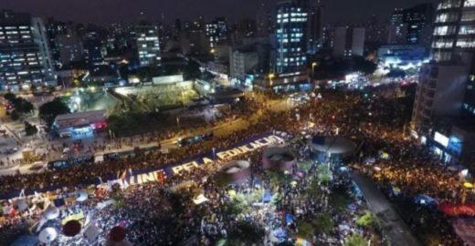 Globo faz a melhor análise sobre os estudantes contra Bolsonaro