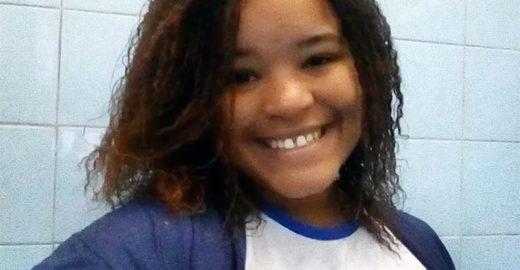 Ex-aluna de escola pública arrasa no Enem e será médica pela UFRJ