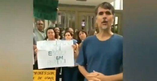 Após atacar alunos, Bolsonaro publica vídeo de pais em sua defesa